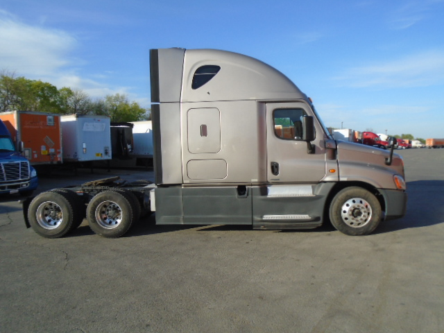 2015 Freightliner Cascadia for sale-59263799