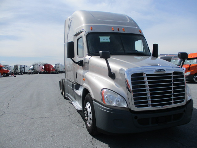 2015 Freightliner Cascadia for sale-59196563