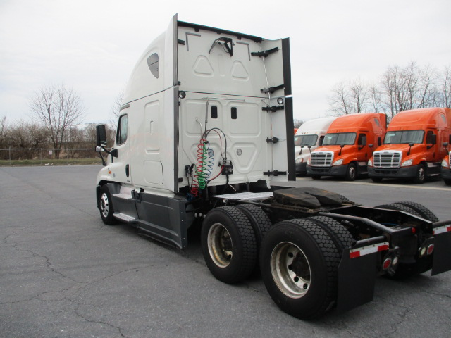 2015 Freightliner Cascadia for sale-59274746