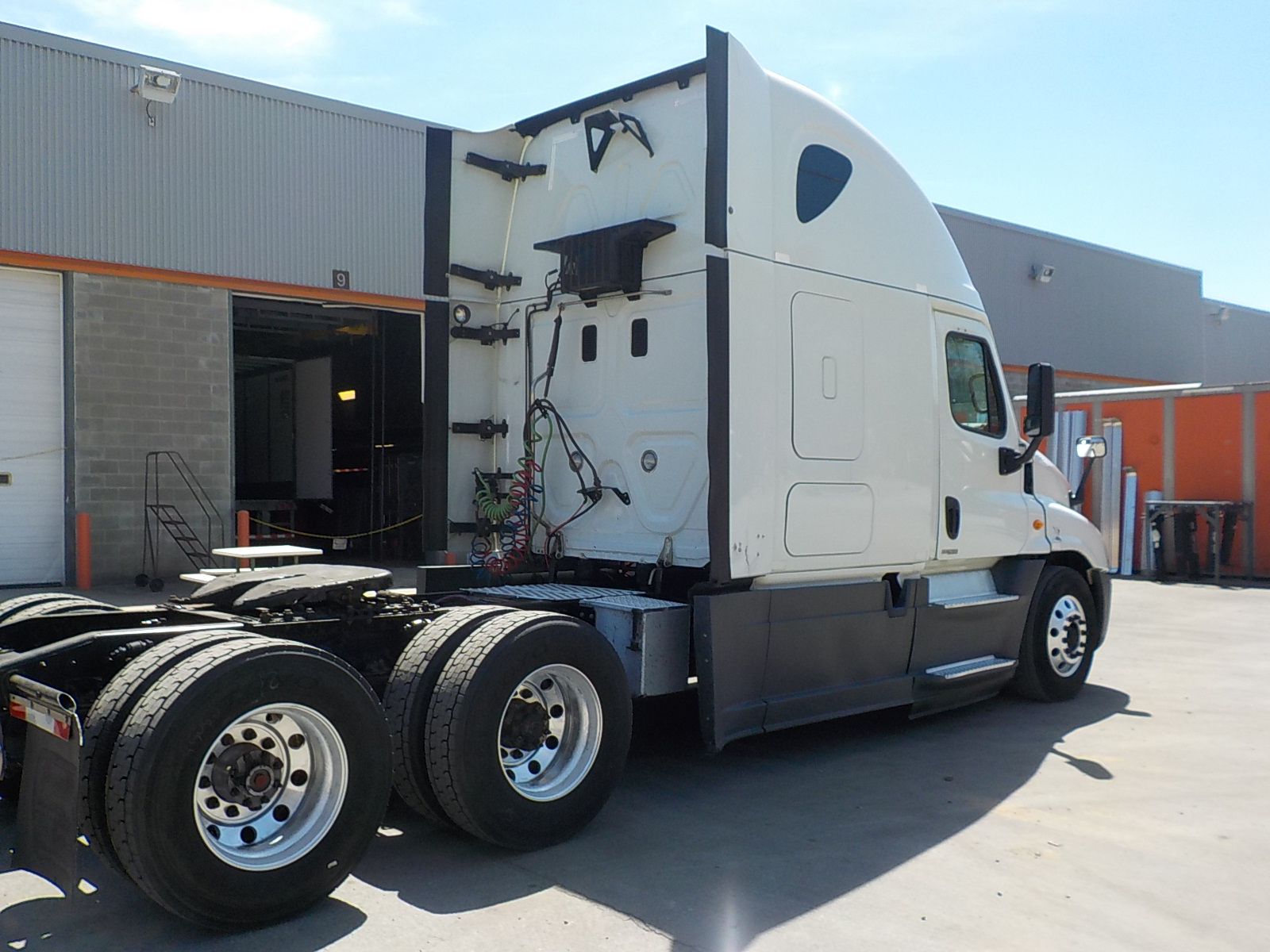 2015 Freightliner Cascadia for sale-59276874