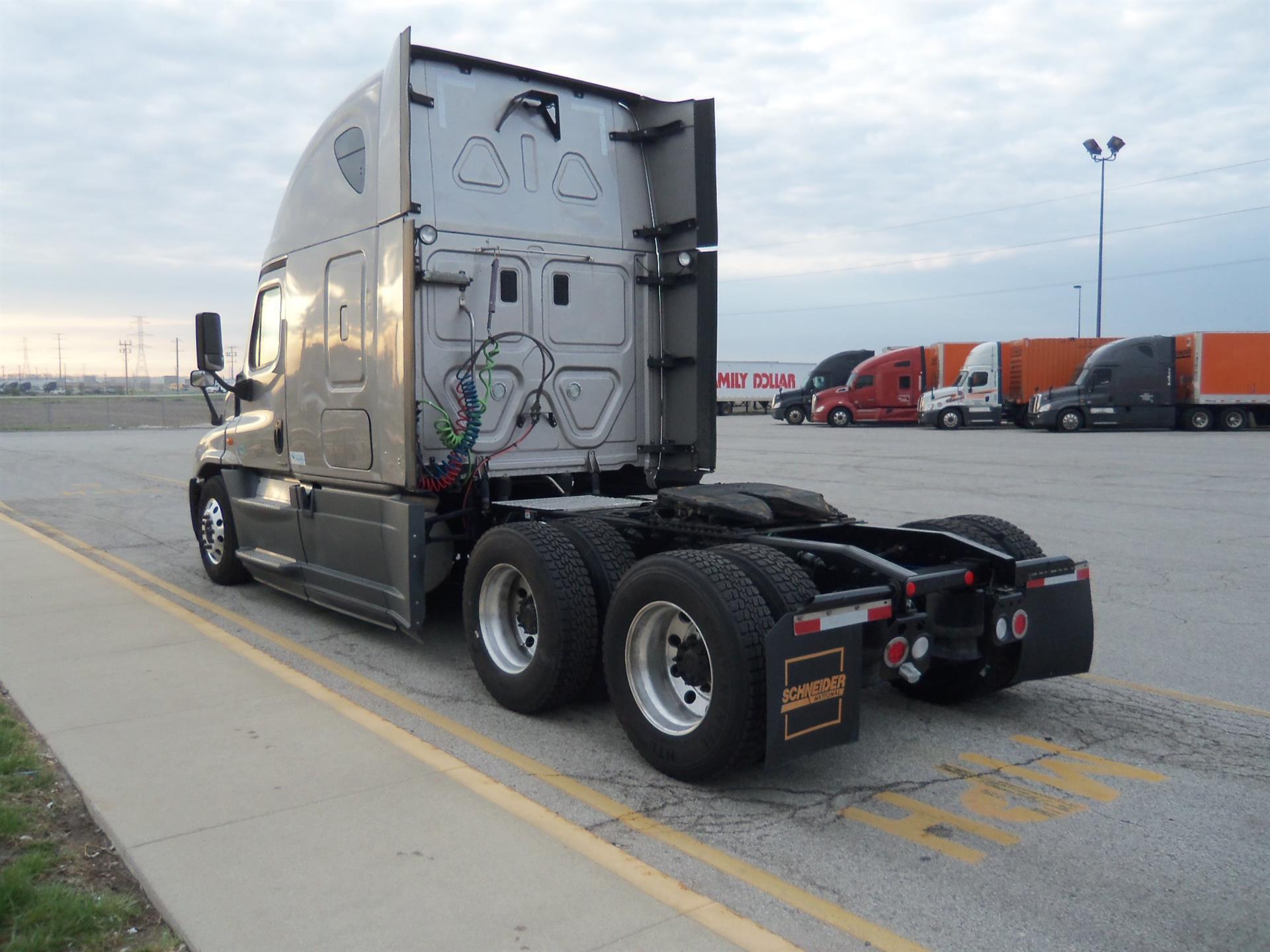 2015 Freightliner Cascadia for sale-59196581