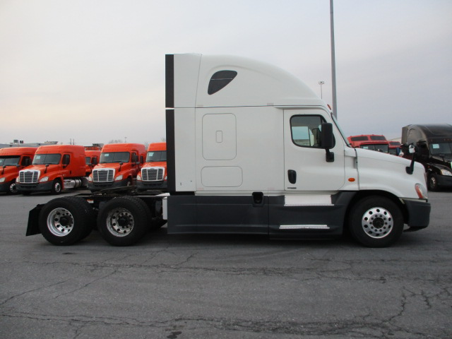 2015 Freightliner Cascadia for sale-59274766