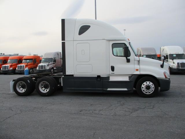 2015 Freightliner Cascadia for sale-59274767
