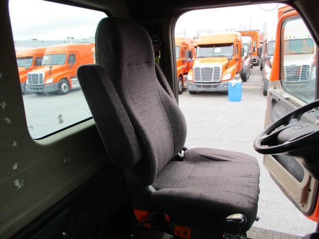 2011 Freightliner Cascadia for sale-59256387