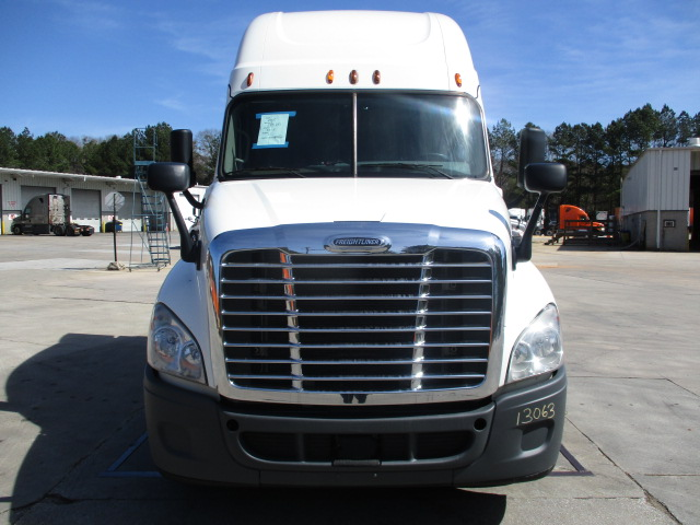 2015 Freightliner Cascadia for sale-59197432