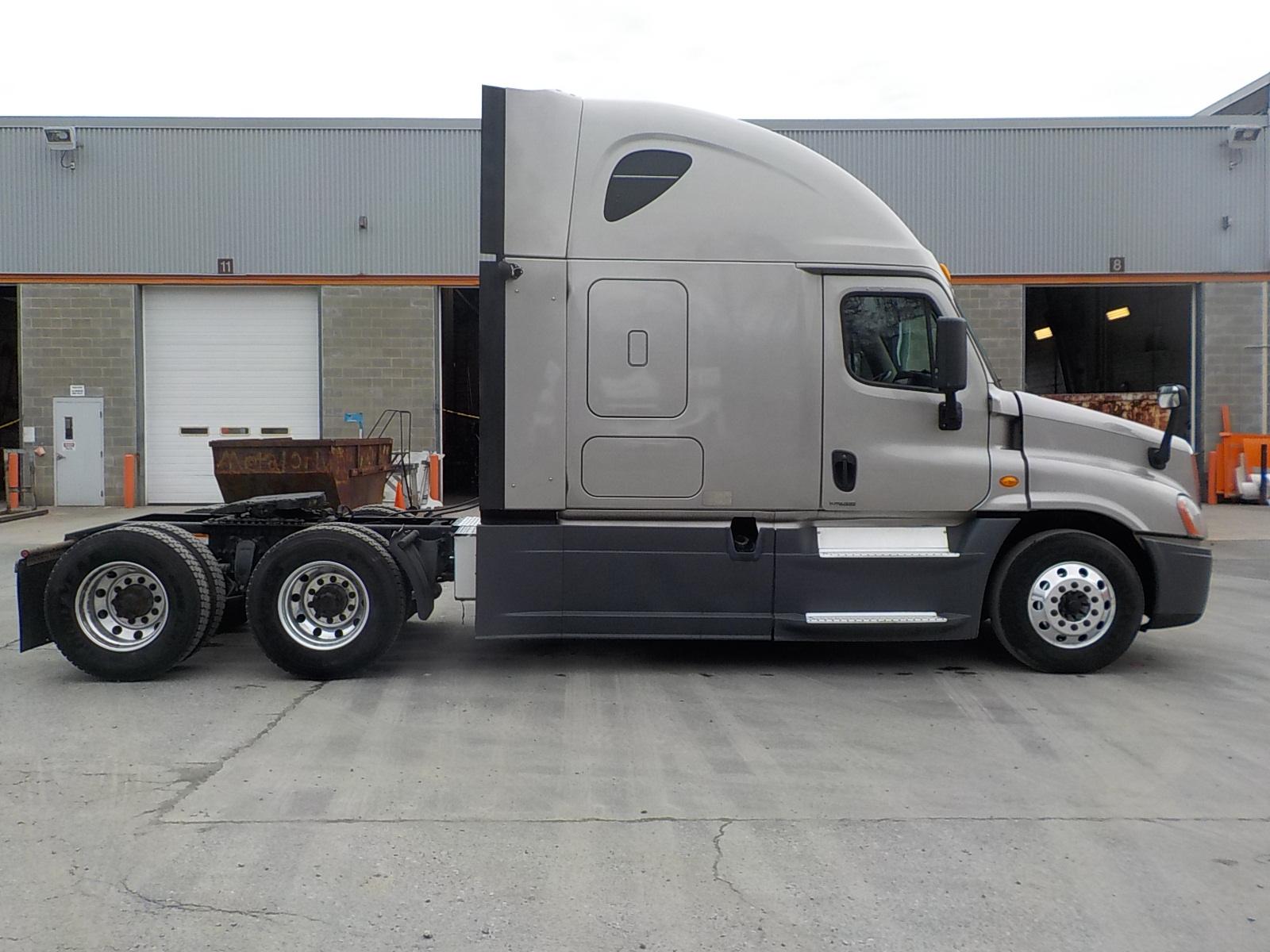 2014 Freightliner Cascadia for sale-59196420