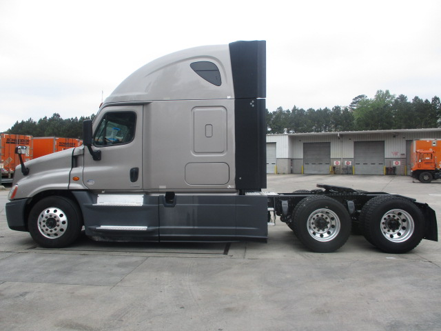 2015 Freightliner Cascadia for sale-59196608