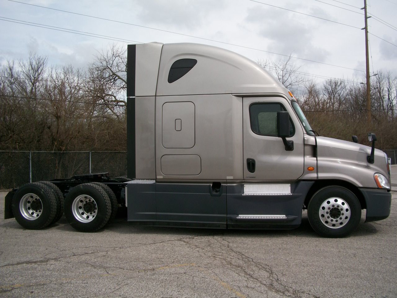 2015 Freightliner Cascadia for sale-59233776
