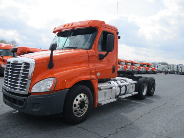 2013 Freightliner Cascadia for sale-59196625