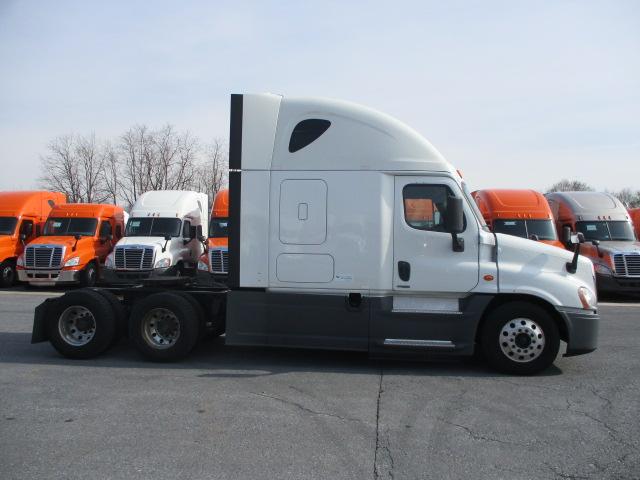 2015 Freightliner Cascadia for sale-59197472