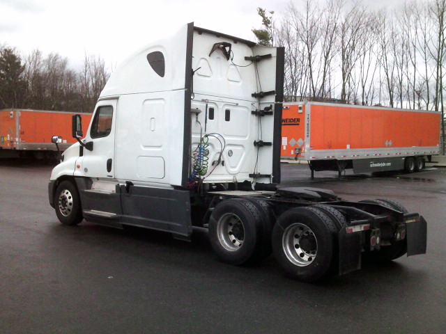 2015 Freightliner Cascadia for sale-59197480