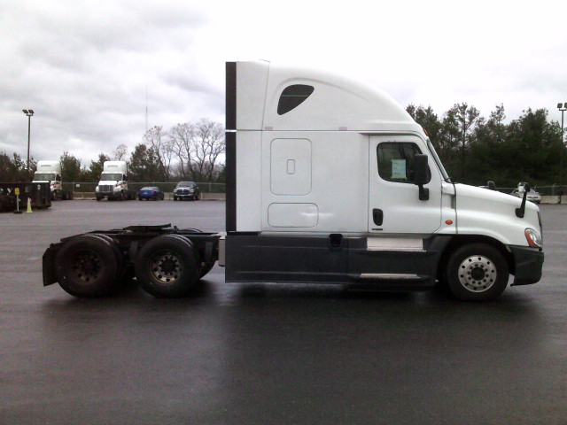 2015 Freightliner Cascadia for sale-59274799
