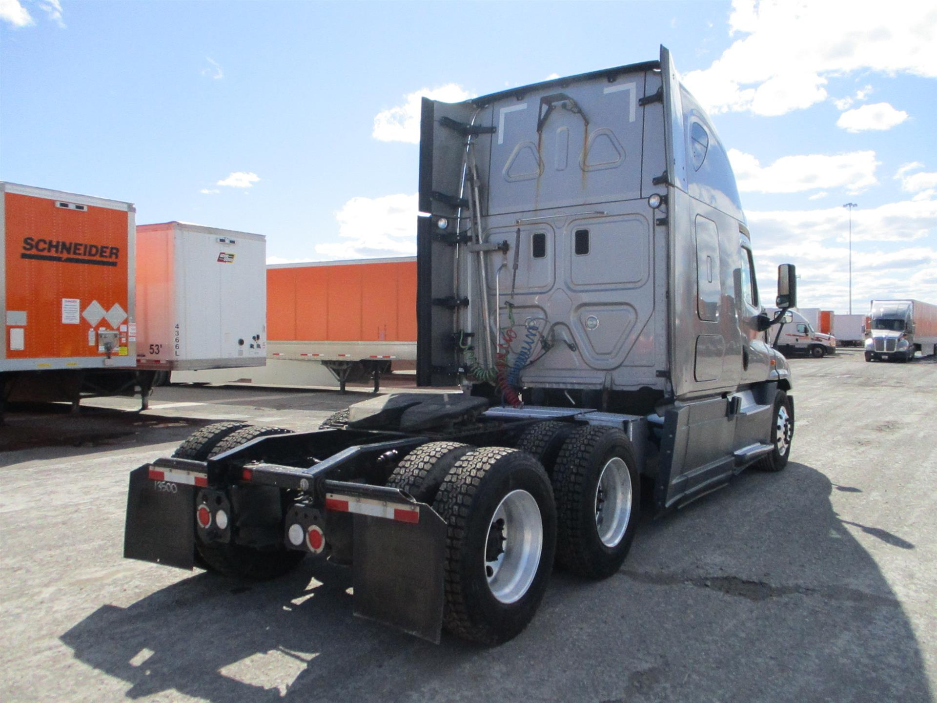 2015 Freightliner Cascadia for sale-59197489
