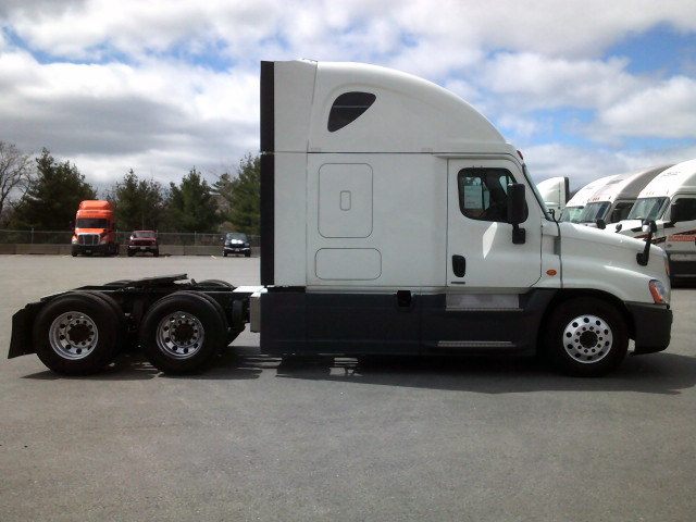 2015 Freightliner Cascadia for sale-59197490