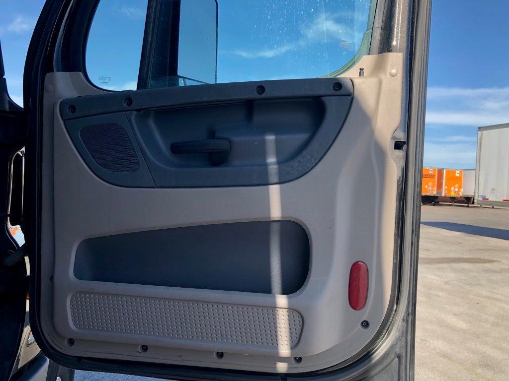 2015 Freightliner Cascadia for sale-59196670