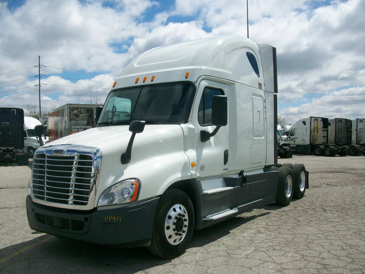 2015 Freightliner Cascadia for sale-59233786