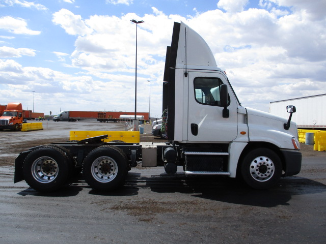 2013 Freightliner Cascadia for sale-59218665