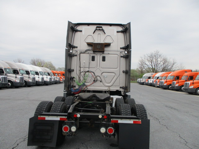 2014 Freightliner Cascadia for sale-59199803
