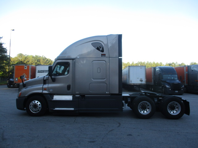 2015 Freightliner Cascadia for sale-59218673