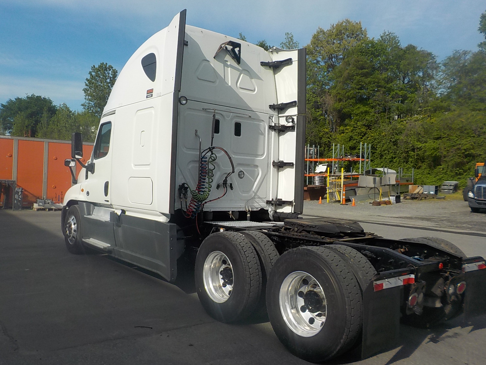 2015 Freightliner Cascadia for sale-59263878