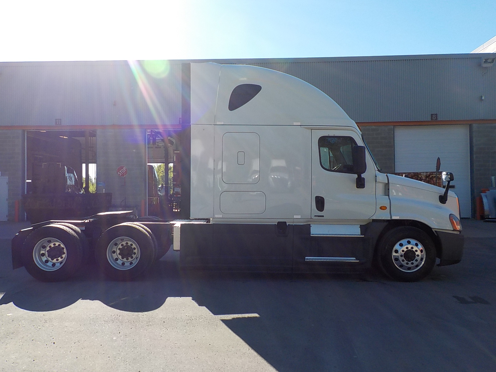 2015 Freightliner Cascadia for sale-59263880