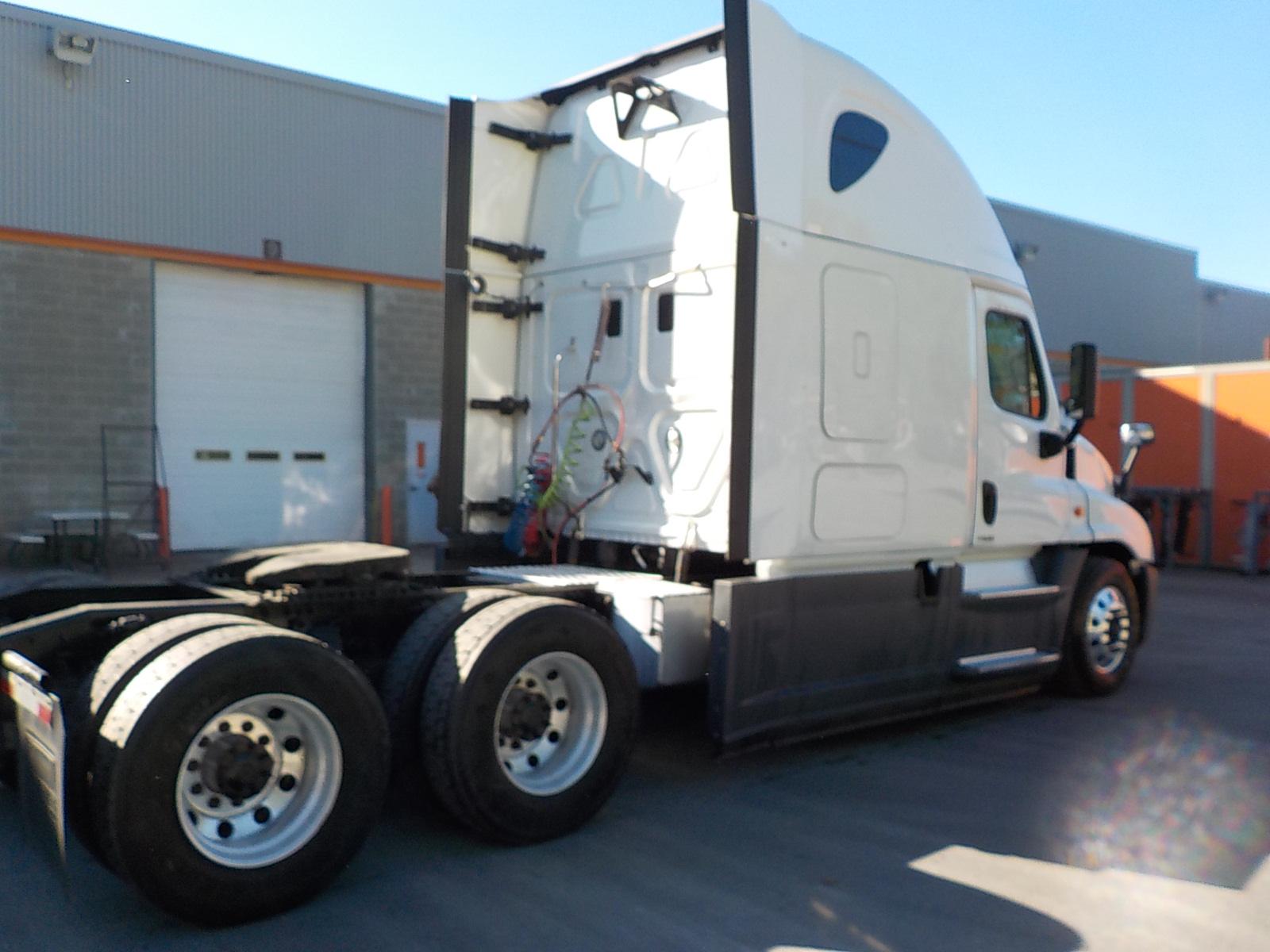 2015 Freightliner Cascadia for sale-59218688