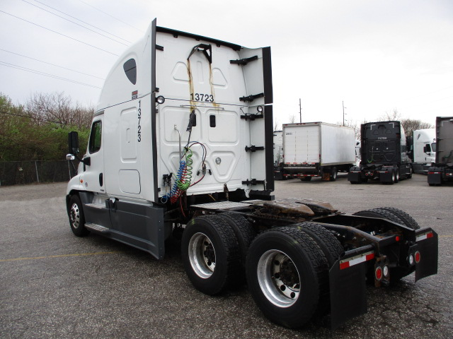 2015 Freightliner Cascadia for sale-59274814