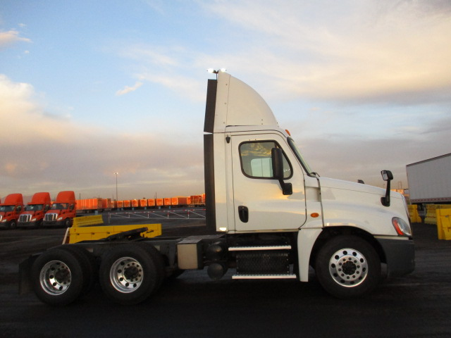 2013 Freightliner Cascadia for sale-59199475