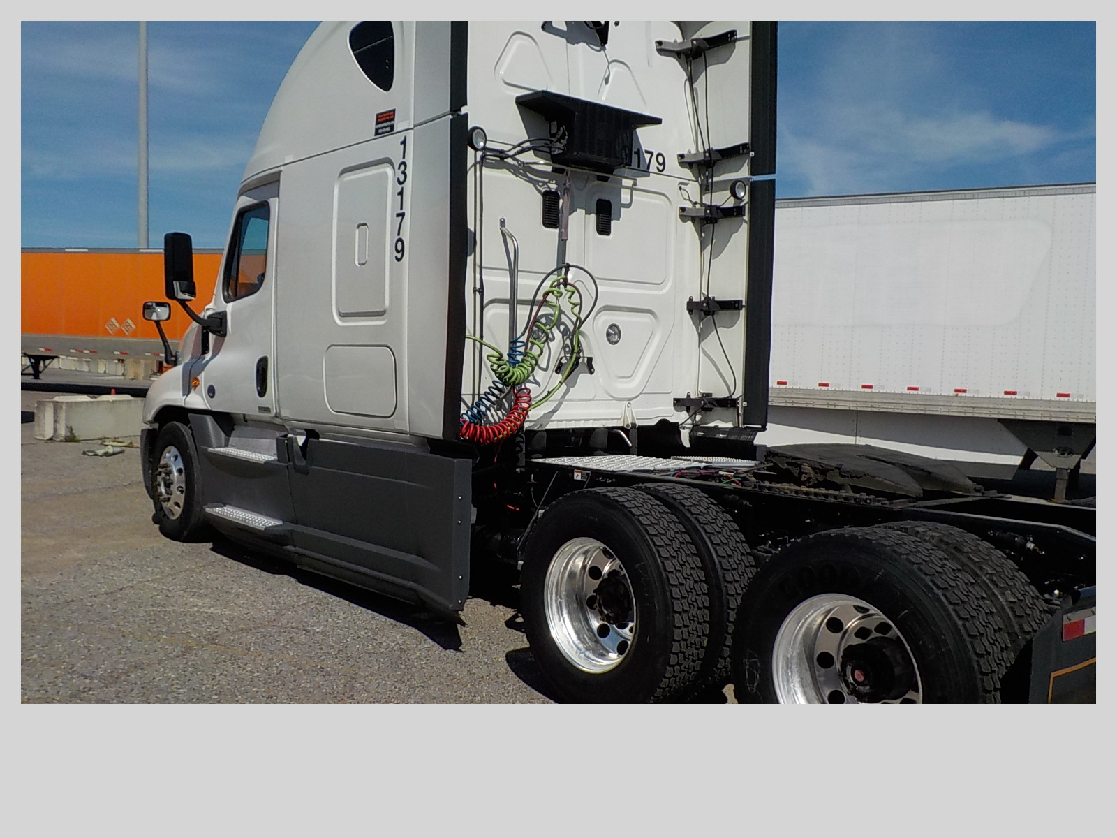 2015 Freightliner Cascadia for sale-59274824