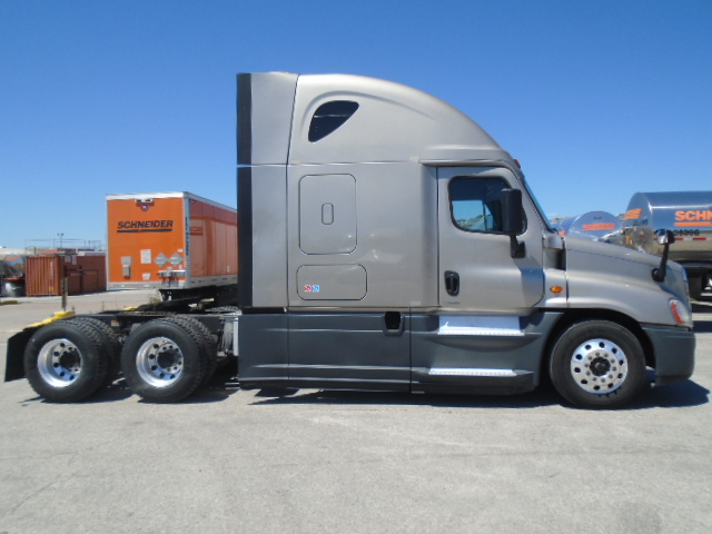2015 Freightliner Cascadia for sale-59218735
