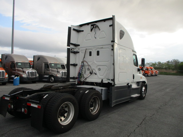 2015 Freightliner Cascadia for sale-59274843