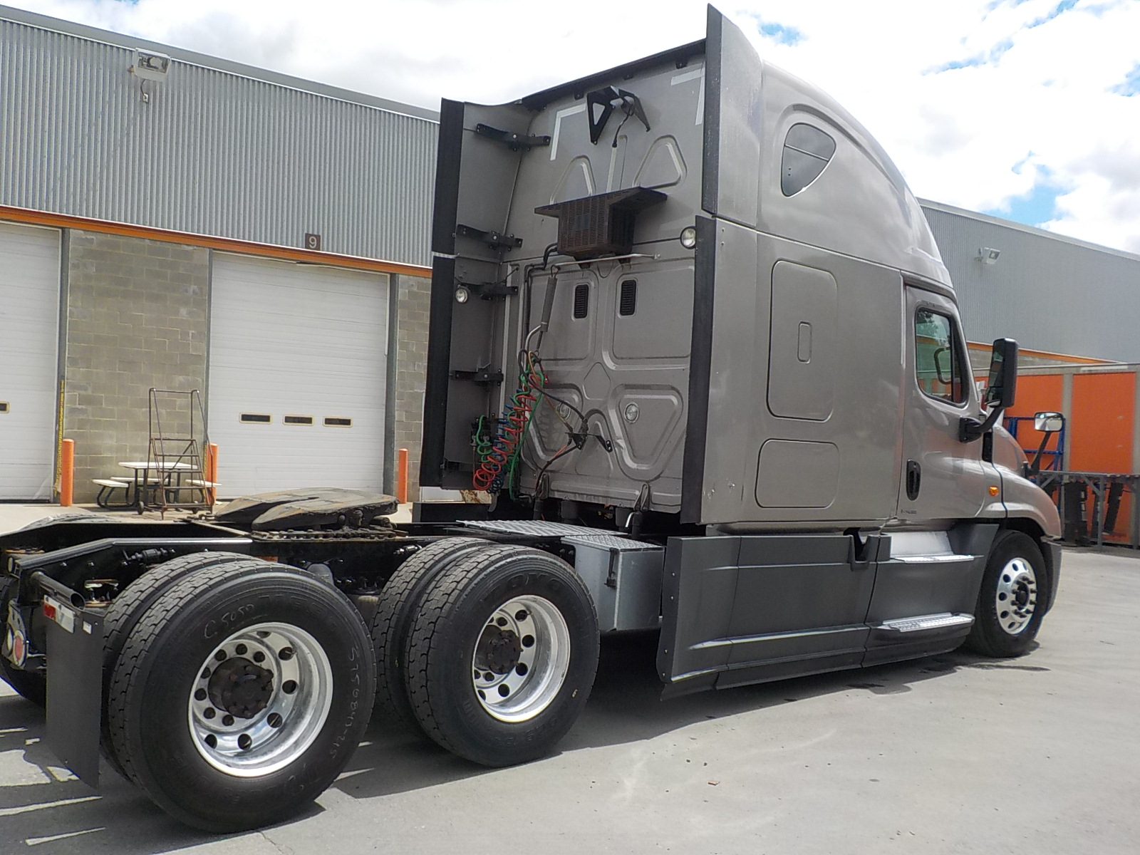 2015 Freightliner Cascadia for sale-59274851