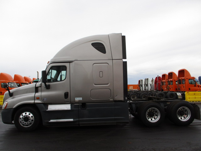 2015 Freightliner Cascadia for sale-59233798
