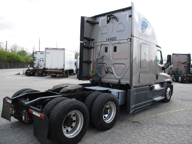 2015 Freightliner Cascadia for sale-59274865