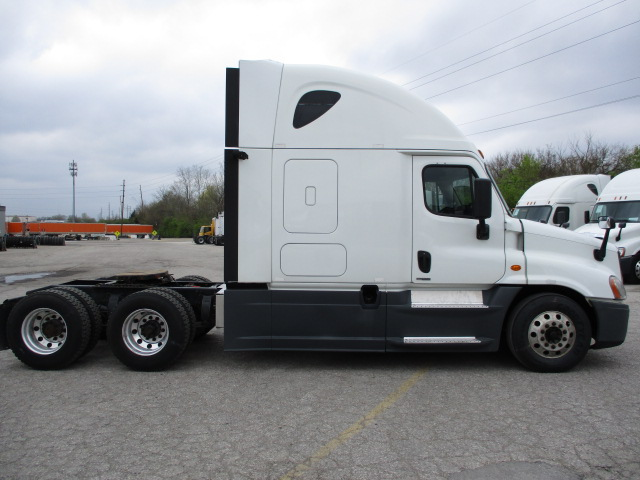 2015 Freightliner Cascadia for sale-59218762