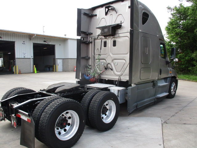 2014 Freightliner Cascadia for sale-59274885
