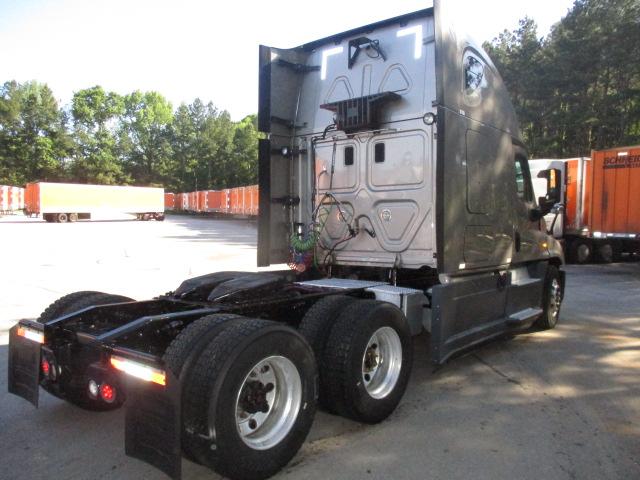 2015 Freightliner Cascadia for sale-59253926