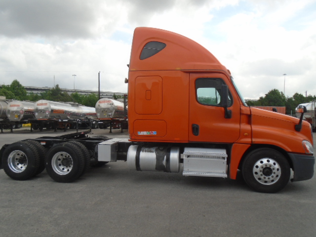 2014 Freightliner Cascadia for sale-59257956