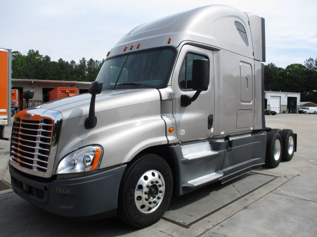 2015 Freightliner Cascadia for sale-59276478