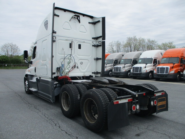 2015 Freightliner Cascadia for sale-59274918