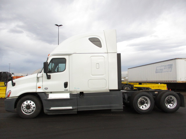 2015 Freightliner Cascadia for sale-59218816