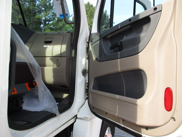 2013 Freightliner Cascadia for sale-59233814