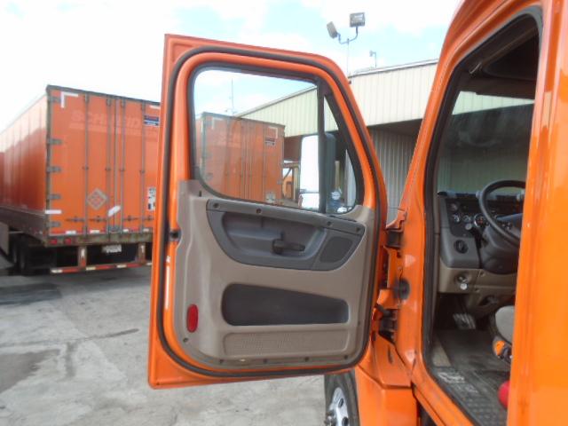 2014 Freightliner Cascadia for sale-59206335