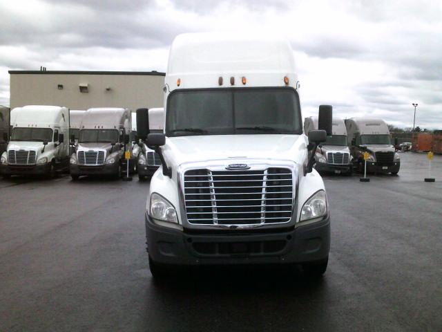 2015 Freightliner Cascadia for sale-59218831