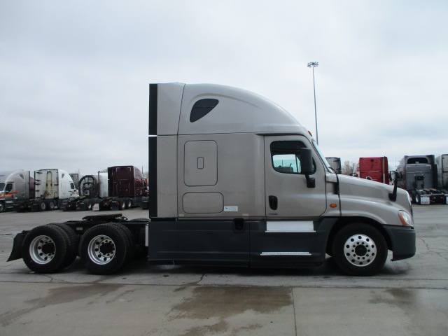 2015 Freightliner Cascadia for sale-59274934