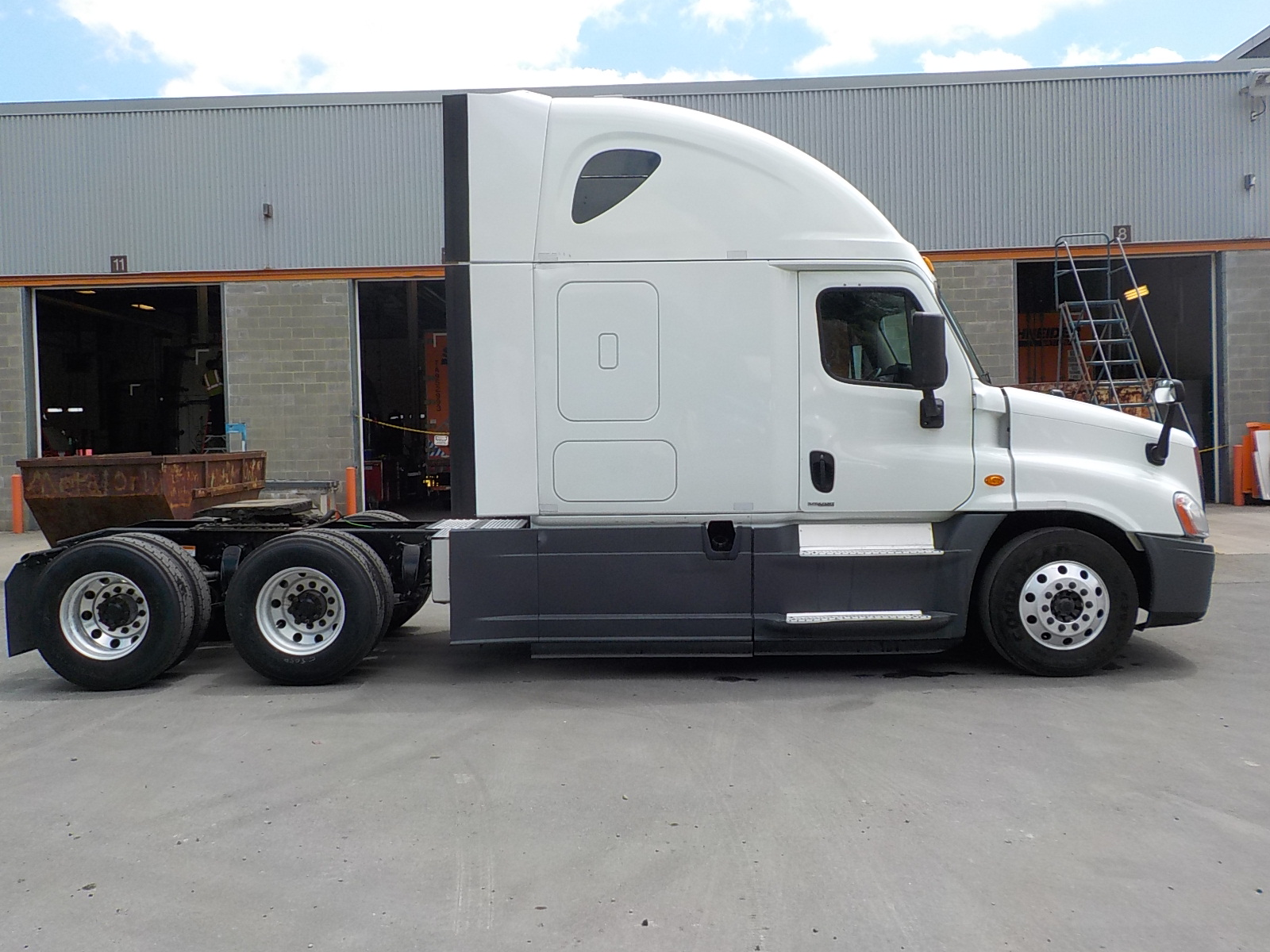 2015 Freightliner Cascadia for sale-59218864