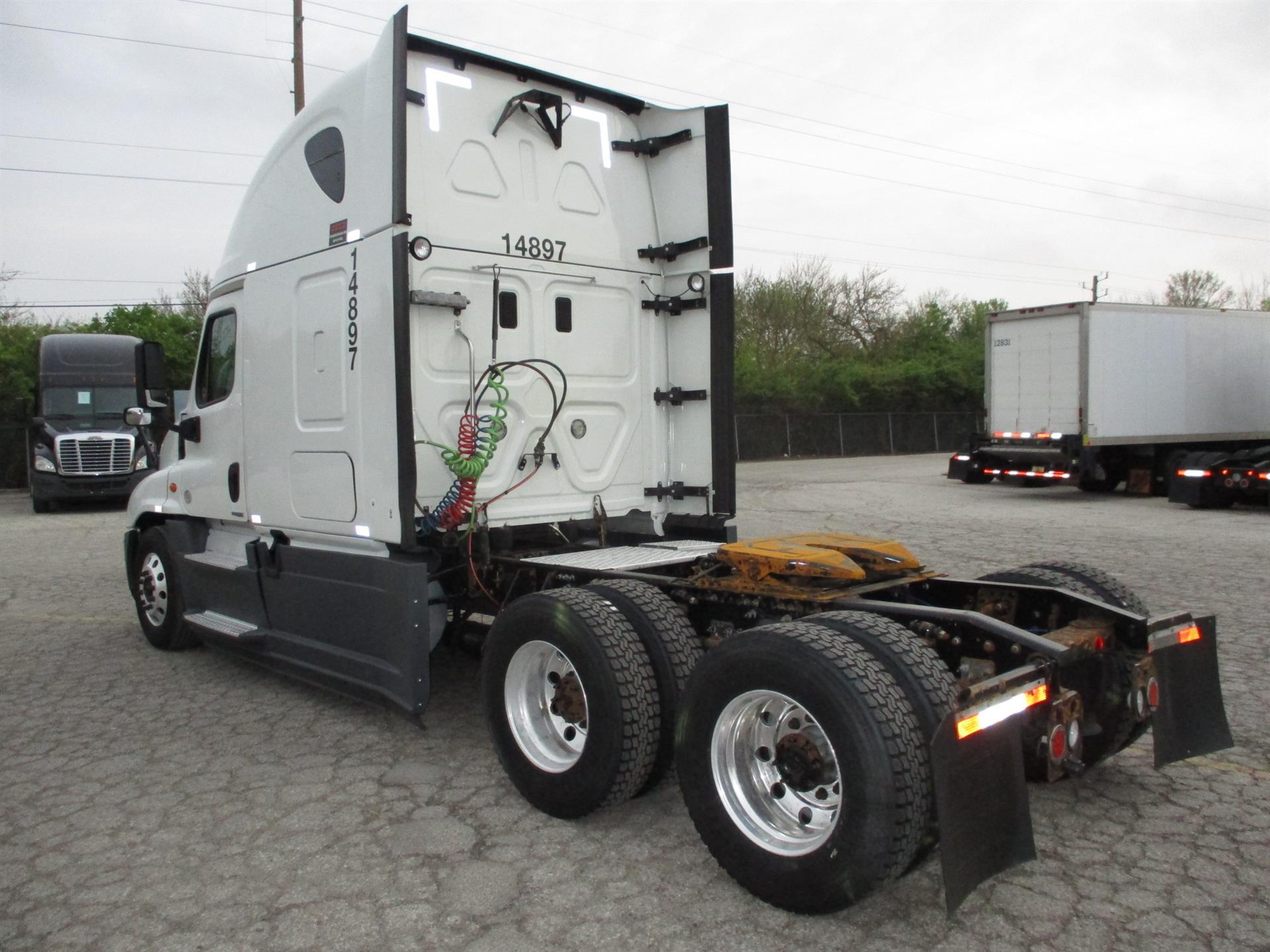 2015 Freightliner Cascadia for sale-59218867