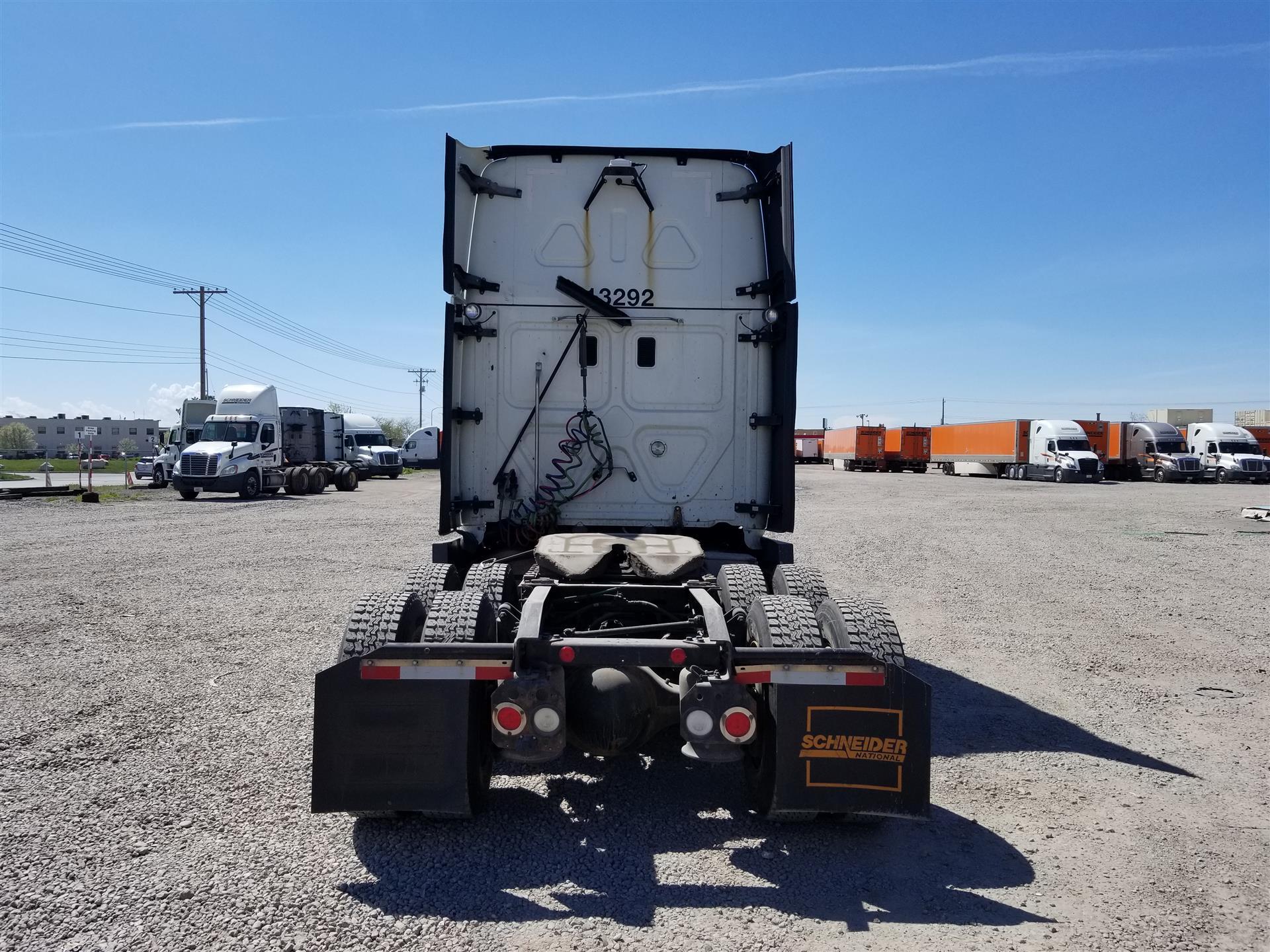 2015 Freightliner Cascadia for sale-59218870