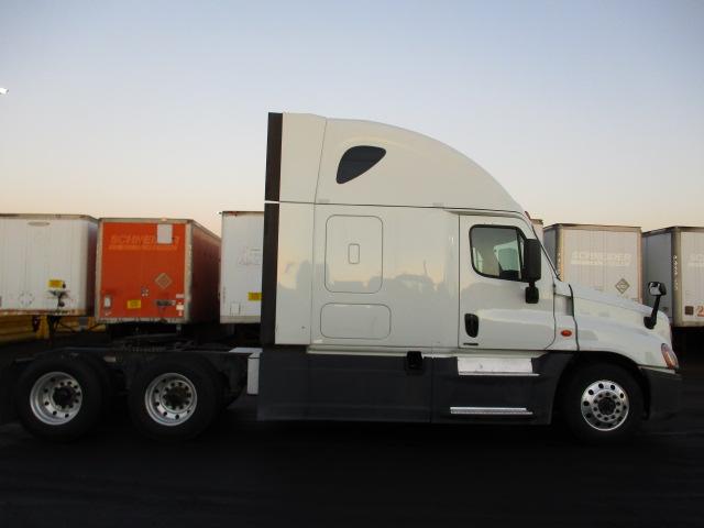 2015 Freightliner Cascadia for sale-59218876