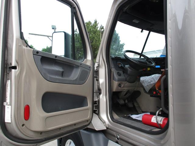 2015 Freightliner Cascadia for sale-59218885